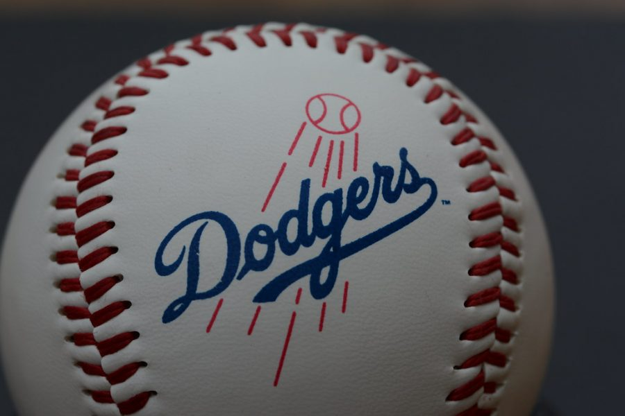 Dodgers clinch NL West Division.