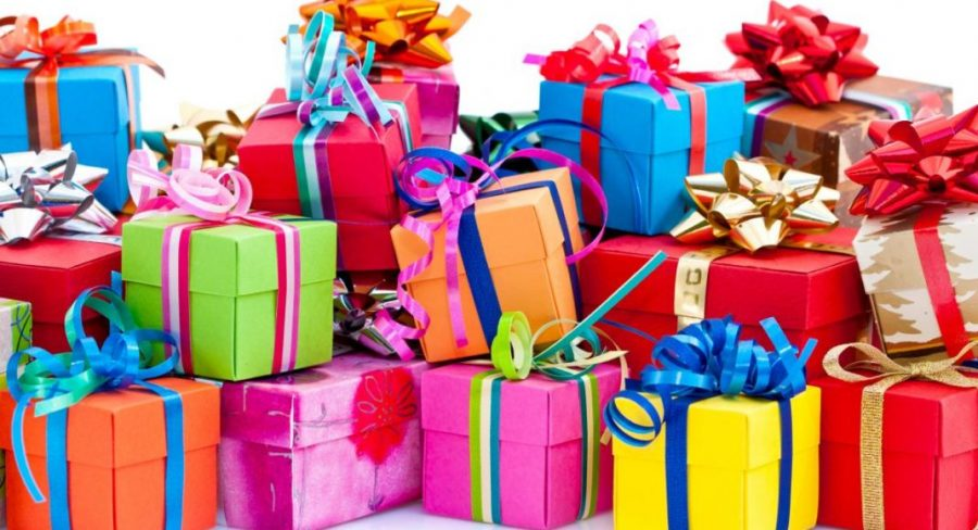 Holiday Wishlist for Teenage Girls and Boys