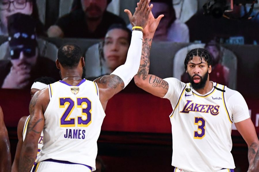 %C2%A0Lakers+run+to+a+back+to+back+Championship+Run